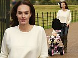 loftypix tamara ecclestone and daughter sophia in london hyde park contact robin prior to use
