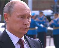 Putin in symbolic visit to Serbia, torn between EU and Russia