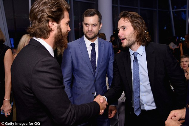 Hello:Later that same night the British actor was congratulated by Hollywood colleagues Joshua Jackson and Taylor Kitsch