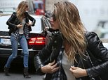 EXCLUSIVE: EXCLUSIVE : Gisele Bundchen attends Photoshoot in Paris Paris, october 28 th 2014  Ref: SPL876689  281014   EXCLUSIVE Picture by: KCS Presse / Splash News  Splash News and Pictures Los Angeles: 310-821-2666 New York: 212-619-2666 London: 870-934-2666 photodesk@splashnews.com