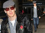7 Nov 2014 - LOS ANGELES - USA  BENEDICT CUMBERBATCH ARRIVES AT LAX  BYLINE MUST READ : XPOSUREPHOTOS.COM  ***UK CLIENTS - PICTURES CONTAINING CHILDREN PLEASE PIXELATE FACE PRIOR TO PUBLICATION ***  **UK CLIENTS MUST CALL PRIOR TO TV OR ONLINE USAGE PLEASE TELEPHONE  44 208 344 2007 ***