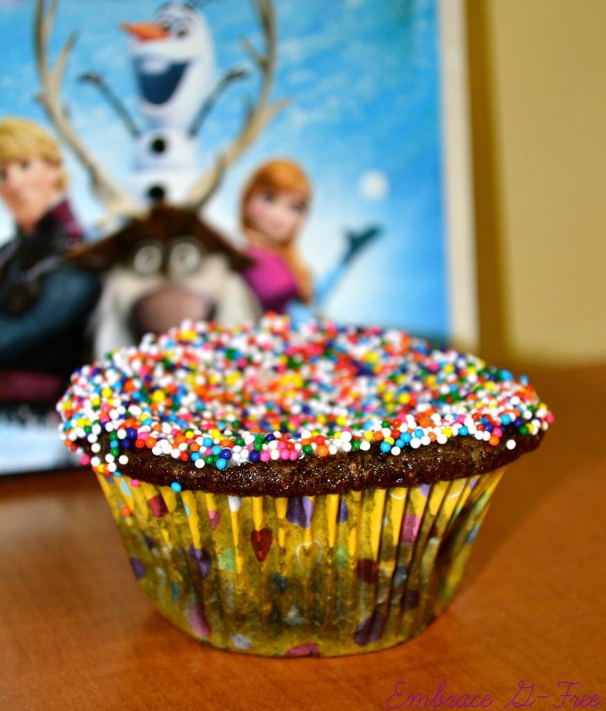 Frozen Cupcake .jpg