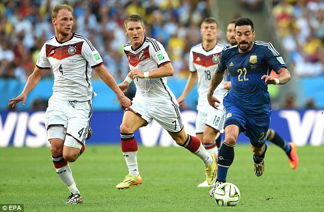 Impetus: Mourinho says Argentina lost energy and shape after Sergio Aguero replaced Ezequiel Lavezzi