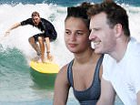 November 30, 2014: Michael Fassbender has breakfast with friends after surfing on Bondi Beach. Sydney, Australia. EXCLUSIVE. Mandatory Credit: INFphoto.com Ref: infausy-12/50