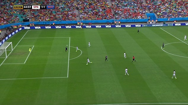 Step Four: Van Persie knows by now that he is Blind¿s intended target and he darts away from a surprised Sergio Ramos, who is left trailing in his wake