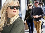 Reese Witherspoon and husband Jim Toth go to Gjelina for Sunday lunch and look like they can't stop laughing  December 14, 2014  X17online.com