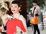 EXCLUSIVE: Rose McGowan hits the boutique stores on 3rd Street in Los Angeles to do some Christmas shopping with a female friend.  Pictured: Rose Mcgowan  Ref: SPL912518  211214   EXCLUSIVE Picture by: M A N I K/Splash News  Splash News and Pictures Los Angeles: 310-821-2666 New York: 212-619-2666 London: 870-934-2666 photodesk@splashnews.com