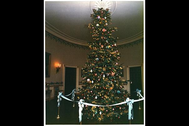 Holidays Nixon 4
