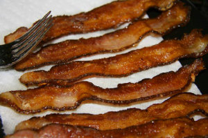 calories in bacon