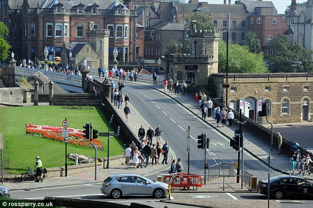 Council officials wrongly designated the bridge a bus lane when the trial was launched in August 2013