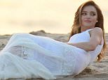 132235, EXCLUSIVE: Miranda Kerr poses for photographs during a photoshoot in LA. Los Angeles, California - Thursday February 5, 2015. Photograph: Pedro Andrade, © PacificCoastNews. Los Angeles Office: +1 310.822.0419 sales@pacificcoastnews.com FEE MUST BE AGREED PRIOR TO USAGE
