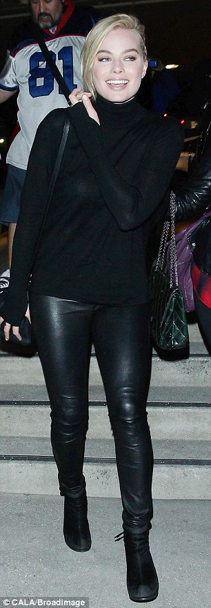 Leggy beauty: The stunning actress looked sensational clad in head-to-toe black