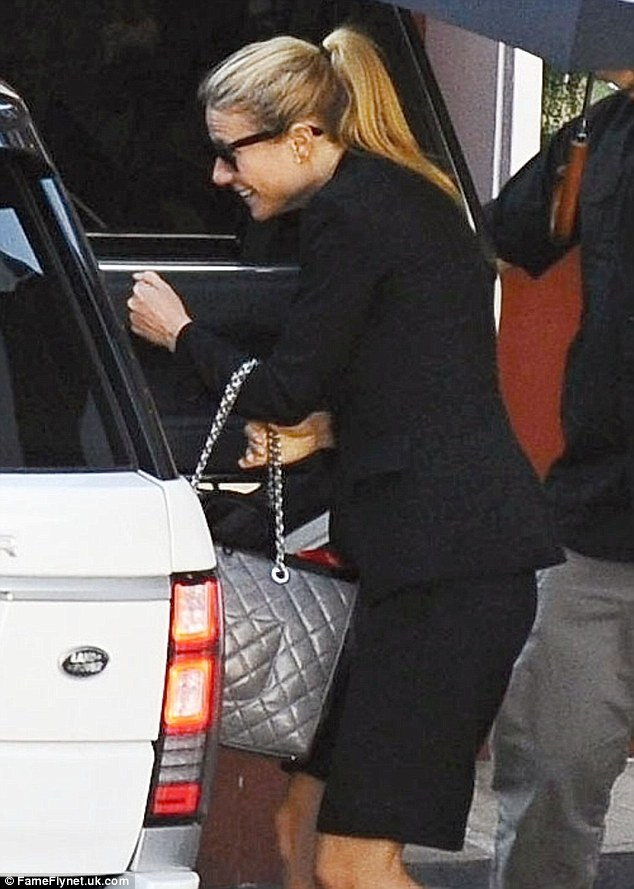No fatigue here! Gwyneth Paltrow cut an incredibly fresh and happy figure as she finished her lunch in Brentwood, Los Angeles on Monday, the night after the Grammy Awards