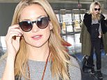 19 Feb 2015 - NEW YORK - USA  KATE HUDSON ARRIVES AT JFK AIRPORT IN NYC.  BYLINE MUST READ : XPOSUREPHOTOS.COM  ***UK CLIENTS - PICTURES CONTAINING CHILDREN PLEASE PIXELATE FACE PRIOR TO PUBLICATION ***  **UK CLIENTS MUST CALL PRIOR TO TV OR ONLINE USAGE PLEASE TELEPHONE  44 208 344 2007 ***