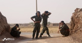 Kurdish Female Fighters on Front Lines