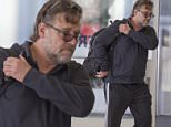 March 14th, 2015: ..Russell Crowe At Sydney Airport..EXCLUSIVE..Mandatory Credit: INFphoto.com Ref: infausy-20/29
