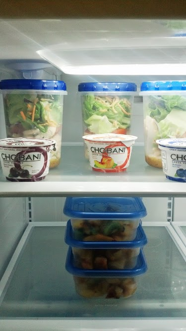healthy-lunch-salad-preparation-7
