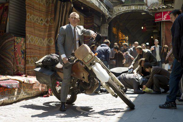 Кадр из боевика 007: Координаты Скайфолл