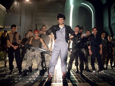 Один из лучших научно-фантастических фильмов - Чужие