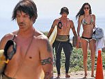 EXCLUSIVE: Anthony Keidis seing leaving the beach with his girlfriend in Malibu  Pictured: Anthony Kiedis Ref: SPL976934  160315   EXCLUSIVE Picture by: JD / Splash News  Splash News and Pictures Los Angeles: 310-821-2666 New York: 212-619-2666 London: 870-934-2666 photodesk@splashnews.com