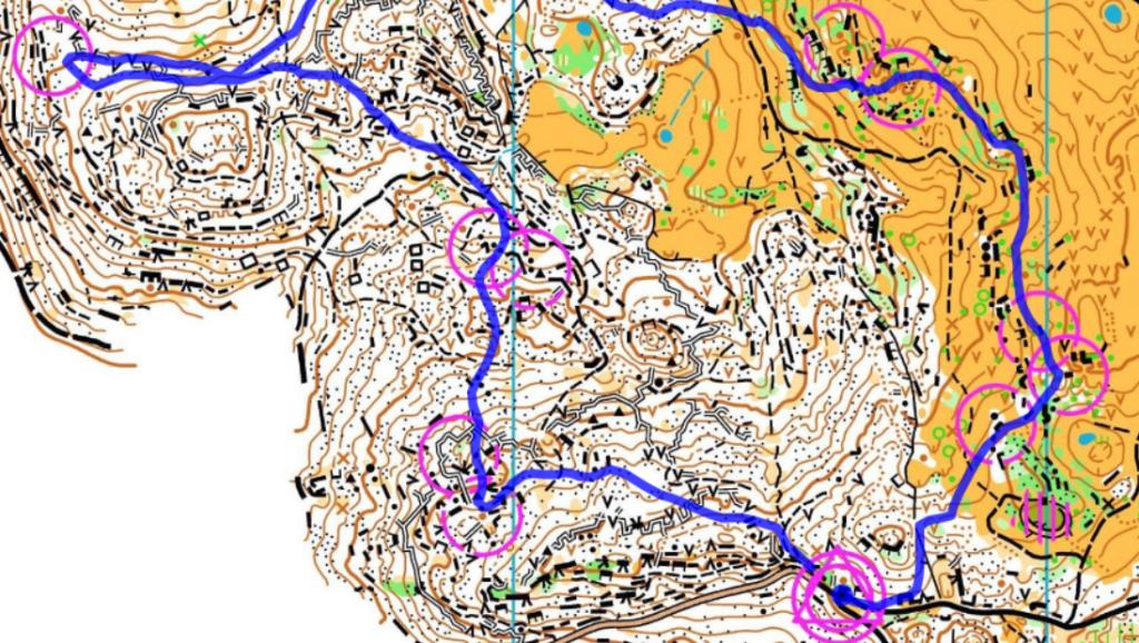 Makupala Italiasta, pariviesti Kubelekin kartalla. Kivikkoa ja mäkeä on, kuten näkyy.