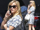 134510, EXCLUSIVE: Reese Witherspoon arrives in Beverly Hills to meet her husband. Los Angeles, California - Friday March 20, 2015. GERMANY AUSTRIA SWITZERLAND OUT Photograph: © Kai, PacificCoastNews. Los Angeles Office: +1 310.822.0419 sales@pacificcoastnews.com FEE MUST BE AGREED PRIOR TO USAGE