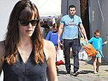 29.MARCH.2015 - BRENTWOOD - USA *** EXCLUSIVE ALL ROUND PICTURES *** ***AVAILABLE FOR AUSTRALIA, NEW ZEALAND, AUSTRIA, BULGARIA, CHINA, GERMANY, HONG KONG, INDONESIA, ITALY, KOREA, PHILIPPINES, PORTUGAL, SINGAPORE, TAIWAN, THAILAND, UAE AND UK ONLY*** BEN AFFLECK AND JENNIFER GARNER TAKE THEIR 3 CHILDREN VIOLET, SERAPHINA AND SAMUEL TO THE FARMER'S MARKET IN BRENTWOOD, CALIFORNIA. BEN AND HIS DAUGHTERS LED THE WAY WHILE JENNIFER AND SAMUEL HELD HANDS AND FOLLOWED A FEW PACES BEHIND. SERAPHINA SHOWED OFF HER SENSE OF HUMOUR PULLING FUNNY FACES FOR THE CAMERA WHILE HER FATHER CARRIED BAGS CONTAINING FRESH GROCERIES AND A SUPER SOAKER WATER GUN. BYLINE MUST READ : XPOSUREPHOTOS.COM ***UK CLIENTS - PICTURES CONTAINING CHILDREN PLEASE PIXELATE FACE PRIOR TO PUBLICATION *** *UK CLIENTS MUST CALL PRIOR TO TV OR ONLINE USAGE PLEASE TELEPHONE 0208 344 2007*
