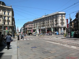 View down via Dante from Piazza Cordusio, Milan (Photo: S.K. Meyer ©)