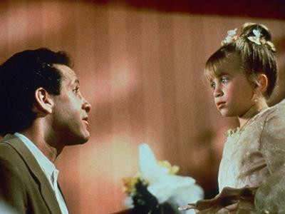 Стив Гуттенберг сыграл отца одной из девочек в фильме Двое: Я и моя тень
