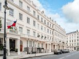 A very light 2 double bedroom flat for £1,850,000 in Park Mansions, Knightsbridge, London.