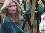 ate moss arrives home in london in her brand new range rover ?nbsp?- excl - all photography Rowen Lawrence2W0Z8023.JPG