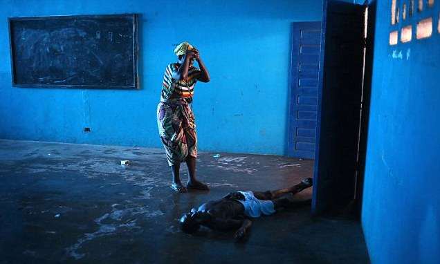Images of Ebola outbreak take top prize at Sony World Photography Awards