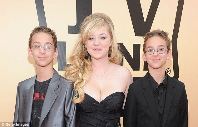 Sawyer Sweeten (left with sister Madylin and brother Sullivan in 2010) died in Texas on Thursday