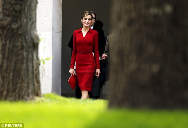 Freebies: Felipe's new rules include banning all royals, among them wife Letizia, from taking freebies