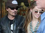 Johnny Depp and wife shopping on the gold coast  7.jpg