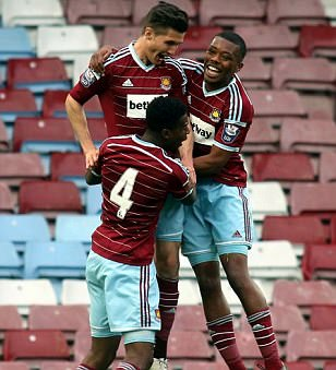 West Ham United Under 21s 2-1 Manchester City Under 21s: Patrick Vieira's young stars fall