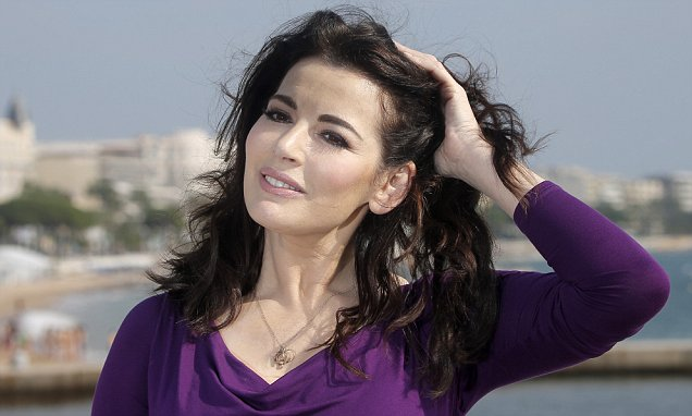 How Nigella hypnotised away a STONE in weight by SEBASTIAN SHAKESPEARE