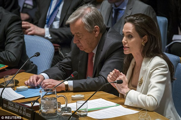 U.N. Special Envoy for Refugees Angelina Jolie, right, and U.N. High Commissioner for Refugees AntÛnio Guterres, left, brief the U.N. Security Council on Syria's refugee crisis