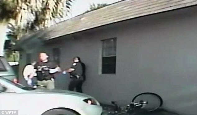 Deputy Lin fired his gun four times atStephens even though the then-20-year-old had a cellphone, not a gun