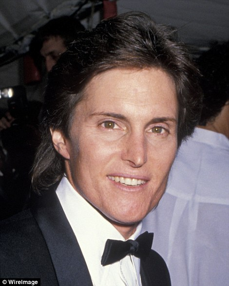 Bruce had a voluminous coif in 1989