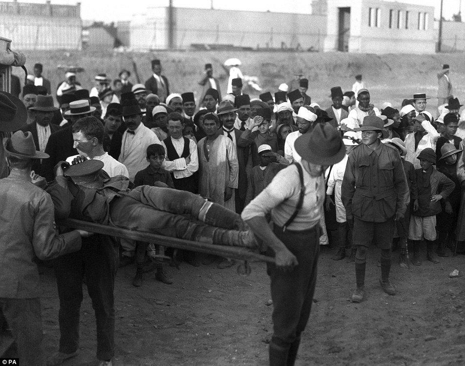 Huge losses: Australian stretcher-bearers attending to casualties arriving from the Gallipoli campaign in Cairo, Egypt, with 1,000 Anzac troops during eight months of fighting on the peninsula