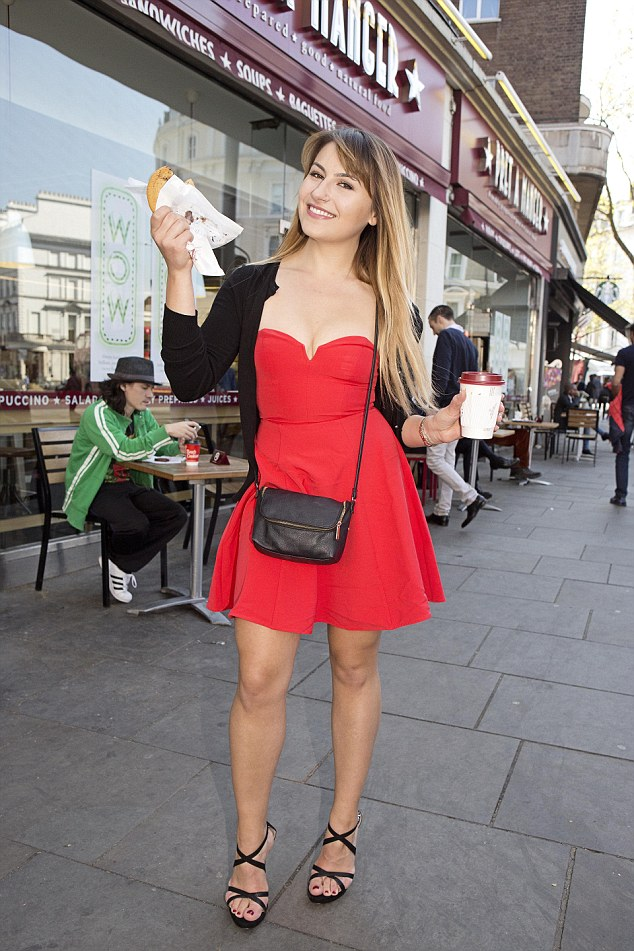 Deni returns to South Kensington and manages to bag a free cookie