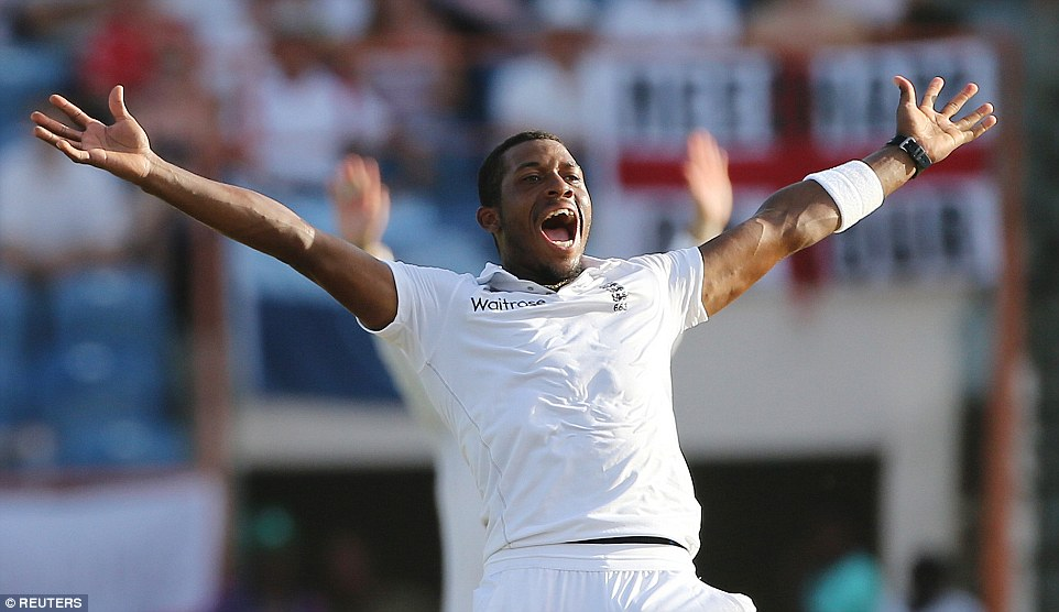 Chris Jordan appeals vociferously, but unsuccesfuly, as England found wickets hard to come by on day four