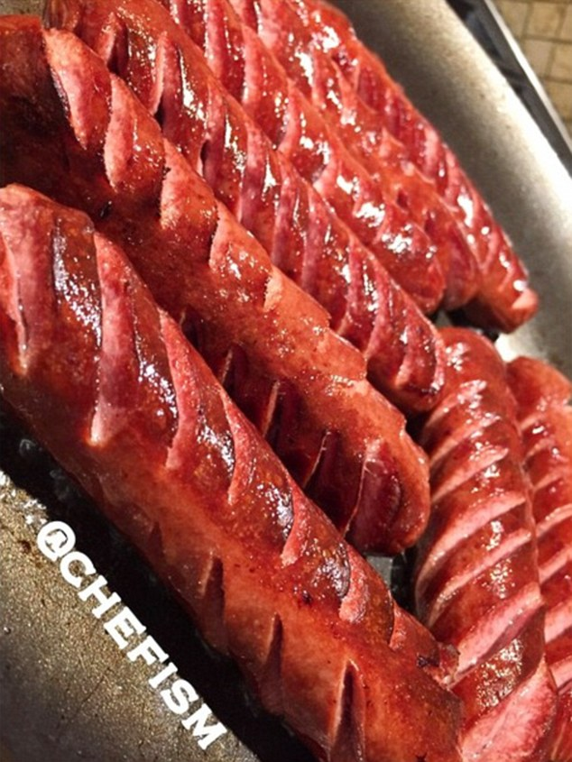 Fried turkey dogs are another specialty southern dish of Chef Q's that Mayweather loves to indulge on