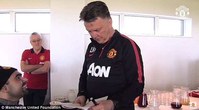 Dutchman reads out the names of Mats Hummels, Gareth Bale and Paul Pogba  among others