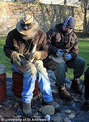 The researchers arrived at their conclusions by conducting a series of experiments in teaching students the art of 'Oldowan stone-knapping'