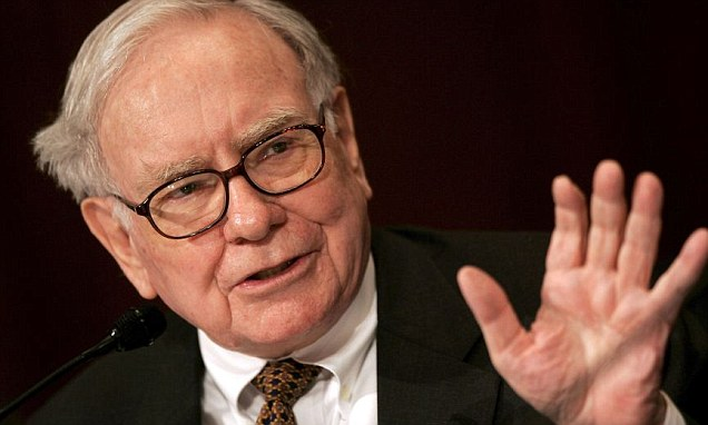 The top 10 FTSE 100 shares with a Buffett-style moat