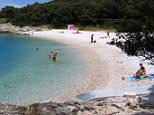 B3385Y Europe, Croatia, Istria, beach at Medulin