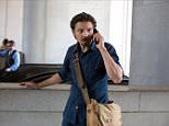 JEREMY RENNER  Character(s): Gary Webb  Film 'KILL THE MESSENGER' (2014)  Directed By MICHAEL CUESTA  09 October 2014  SAK40226  Allstar/BLUEGRASS FILMS    (USA 2014)    **WARNING** This Photograph is for editorial use only and is the copyright of BLUEGRASS FILMS  and/or the Photographer assigned by the Film or Production Company & can only be reproduced by publications in conjunction with the promotion of the above Film. A Mandatory Credit To BLUEGRASS FILMS is required. The Photographer should also be credited when known. No commercial use can be granted without written authority from the Film Company.