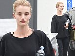 UK CLIENTS MUST CREDIT: AKM-GSI ONLY\nEXCLUSIVE: Rosie Huntington-Whiteley heads back to her car after leaving the gym in West Hollywood.\n\nPictured: Rosie Huntington-Whiteley\nRef: SPL1008500  240415   EXCLUSIVE\nPicture by: AKM-GSI / Splash News\n\n